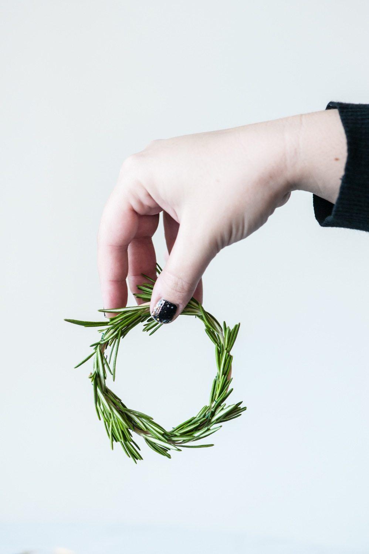 how to cut fresh rosemary
