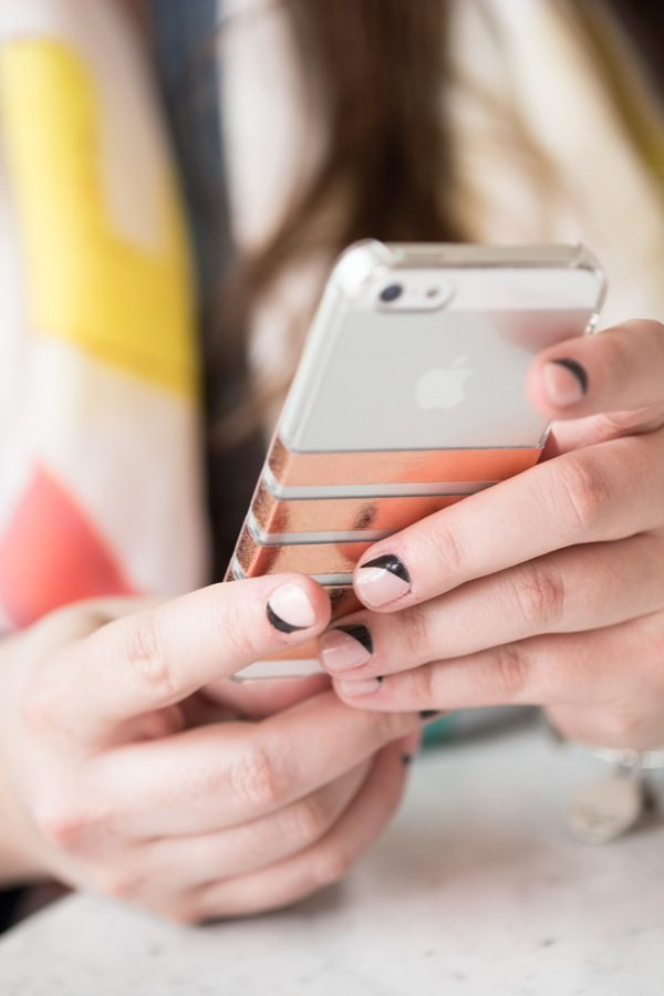 DIY Striped iPhone Case by @cydconverse