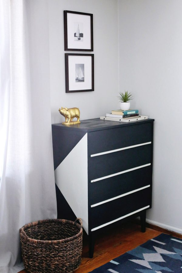 DIY Painted Dresser Makeover by @cydconverse featuring @valsparpaint