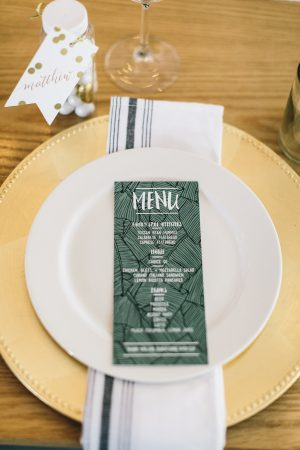 Elegant Botanical Place Setting from @cydconverse
