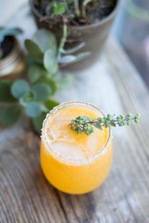 Sunny Clementine Cocktail from @cydconverse