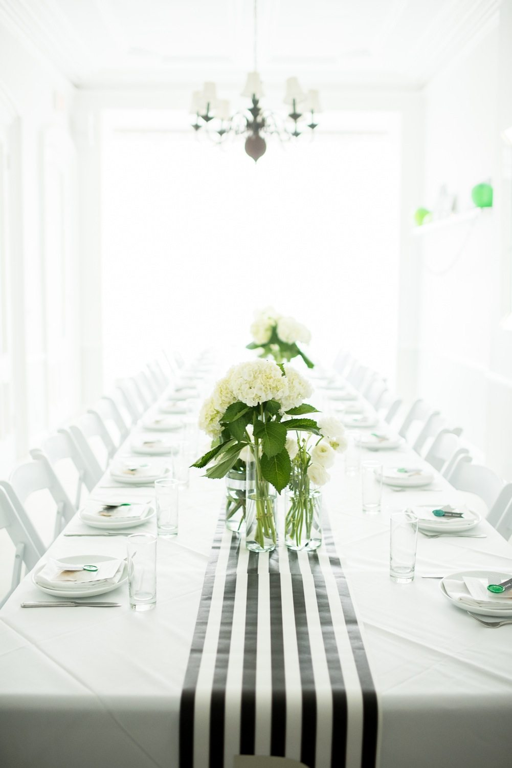 A Graphic Black + White Modern Baby Shower - The Sweetest Occasion