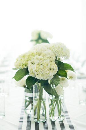 3-white-hydrangea-centerpiece