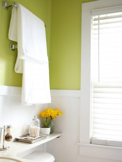 A Fresh + Colorful Bathroom Makeover | 31 Days of Color thumbnail