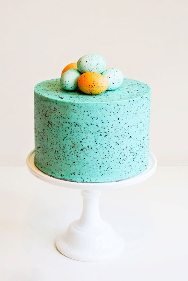 Speckled Egg Cake | 15 Gorgeous Easter Cakes from @cydconverse