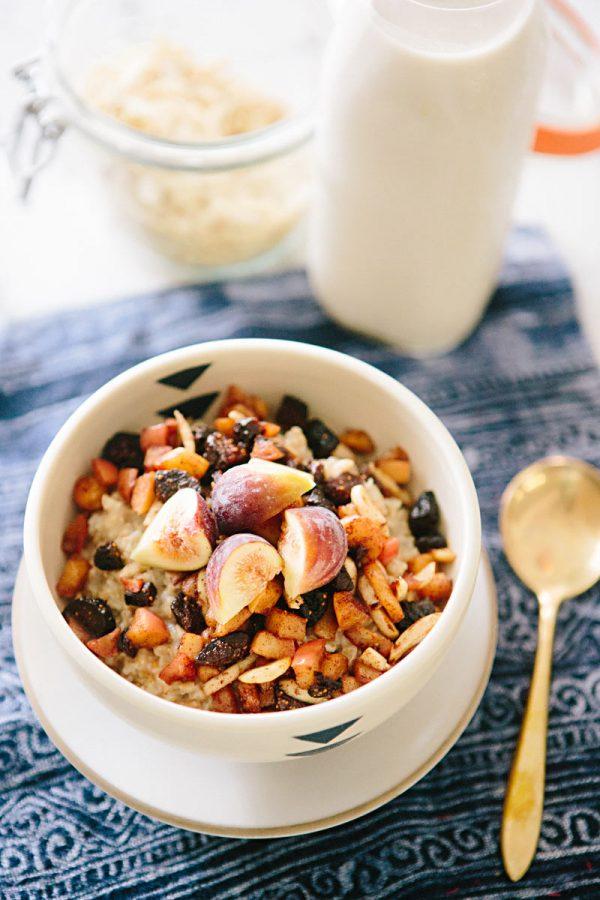 Steel Cut Oats with Cinnamon Stewed Fruit | Healthy Breakfast Recipes from @cydconverse