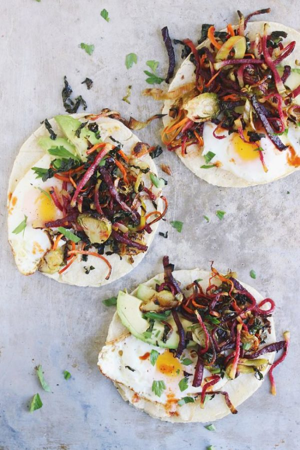 Harvest Hash Breakfast Tacos Recipe | Get your fix of taco recipes and the ultimate classic margarita recipe and loads of Cinco de Mayo party ideas at The Sweetest Occasion! Click to check it out or repin to save for later!