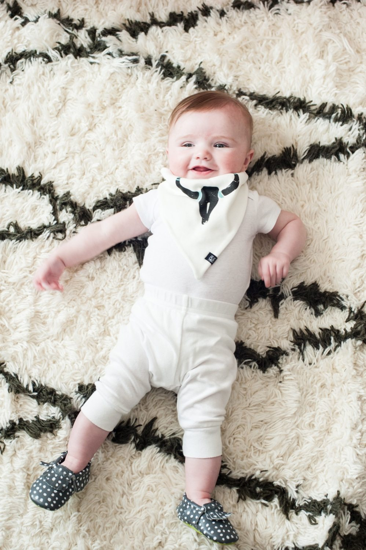 Five Month Baby Photos from @cydconverse | Baby photos, newborn photos, baby blog