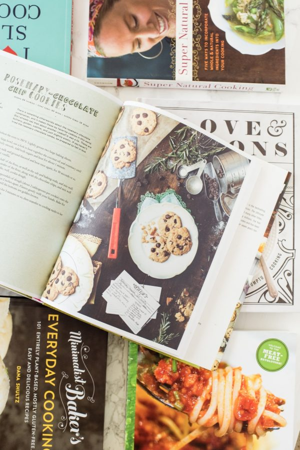 Isa Does It - Best Vegetarian Cookbooks and Vegan Cookbooks from @cydconverse | Click over for our favorite meat-free and plant-based cookbooks or repin to save for later!