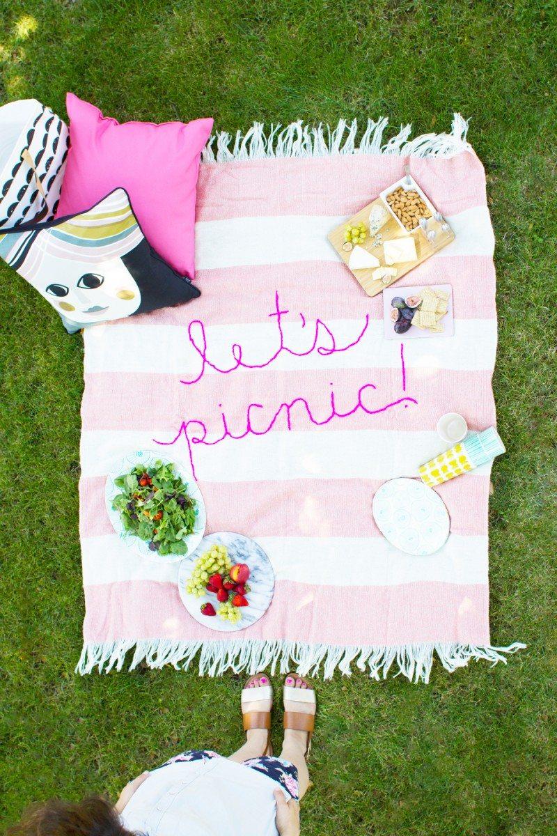 12 Summer DIY Ideas for Lazy Beach Days - The Sweetest ...