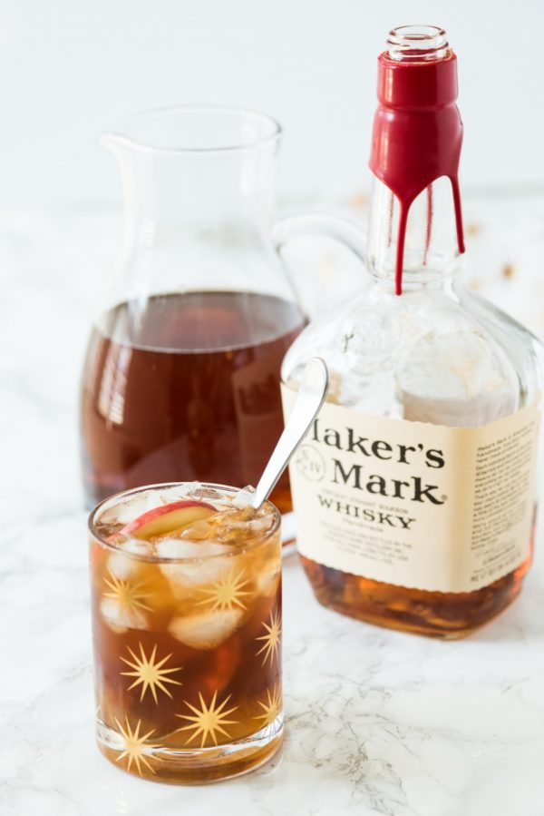 Peach Whiskey Smash   Best Summer Peach Recipes and Summer Entertaining Ideas from @cydconverse