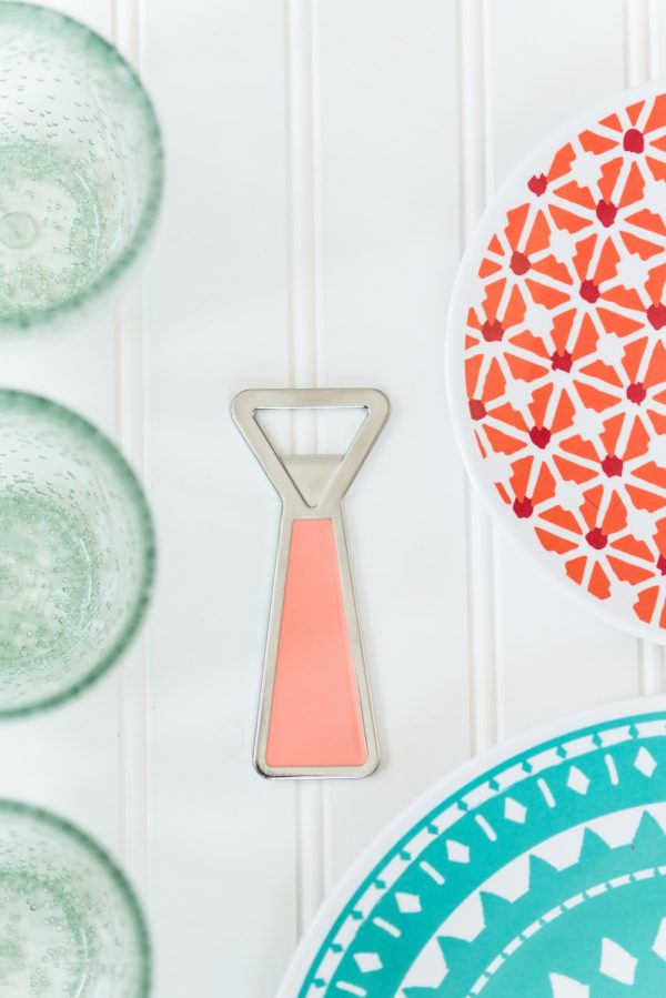 Summer Entertaining Essentials from @cydconverse | Summer party ideas, cocktail recipes and more!