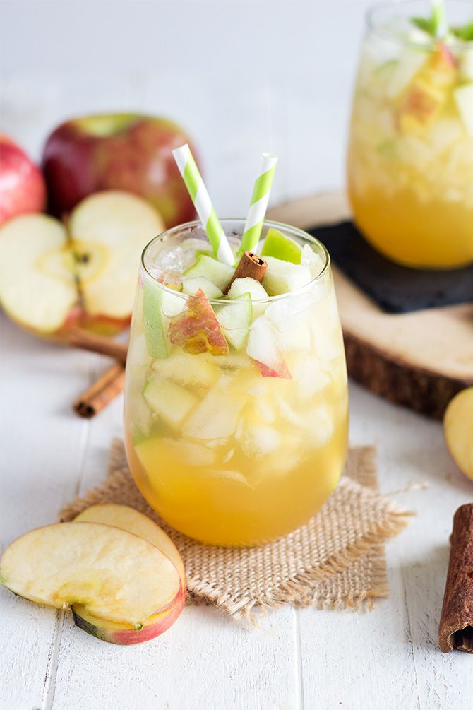 Apple Pie Sangria | 15 Sangria Recipes for Late Summer and Fall | Cocktail recipes, entertaining tips and party ideas from @cydconverse