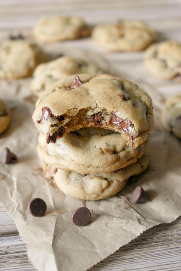 The Best Chocolate Chip Cookies | Best chocolate chip cookie recipes, entertaining tips and party ideas from @cydconverse