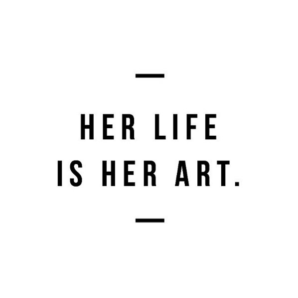 Her Life is Her Art | Best blogs for moms, best blogs for women @cydconverse
