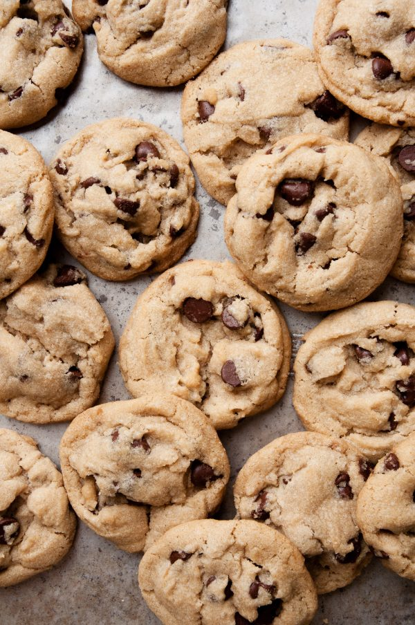 The Best Vegan Chocolate Chip Cookies | Best chocolate chip cookie recipes, entertaining tips and party ideas from @cydconverse