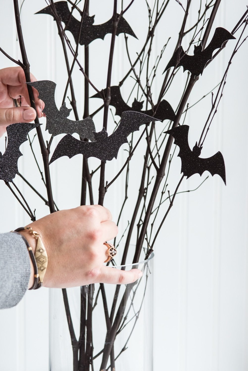 diy bat branch halloween centerpiece halloween decorations halloween party ideas and halloween recipes from - Bat Halloween Decorations