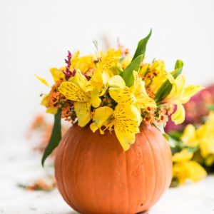 DIY Pumpkin Flower Arrangements thumbnail