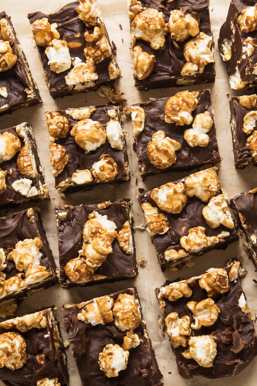 Dark Chocolate Caramel Corn Fudge Recipe from @eaglebrand and @cydconverse | Best fudge recipes, cookie exchange recipes and party ideas!