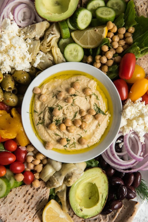 The Ultimate Hummus Plate | Easy party appetizers, recipes, cocktail recipes, entertaining tips and party ideas from @cydconverse