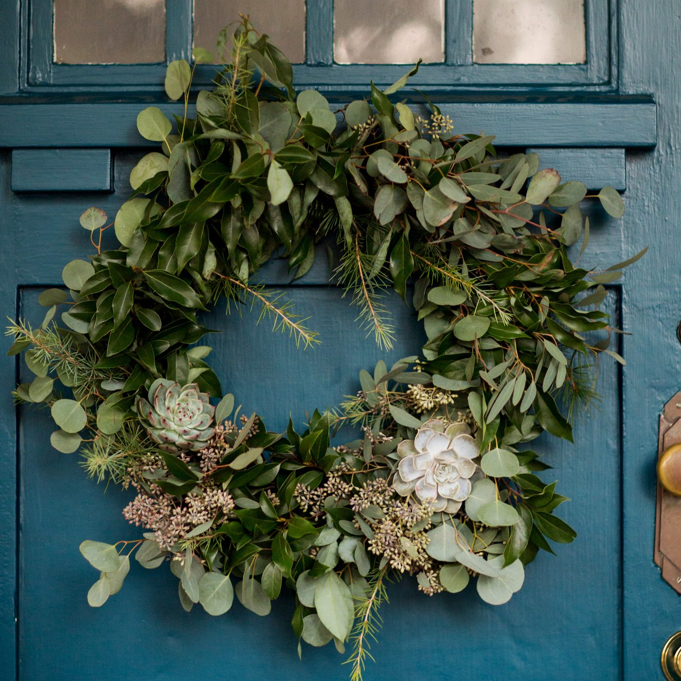 Diy Eucalyptus Pine Christmas Wreath The Sweetest Occasion