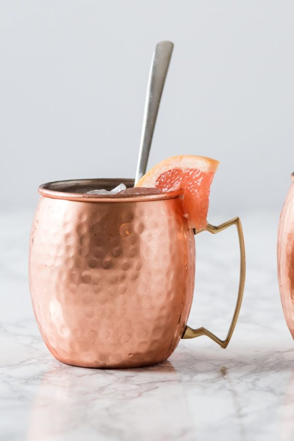 Grapefruit Moscow Mule | Cocktail recipes, Moscow mule recipes, entertaining ideas, party themes and more from @cydconverse