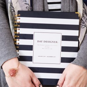 My Favorite Planner for Getting Organized in 2017 thumbnail