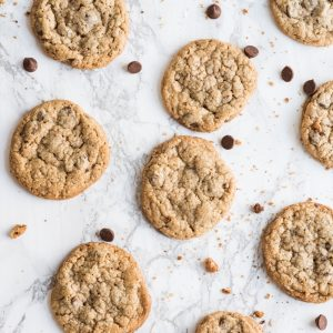 Best Ever Oatmeal Chocolate Chip Cookies thumbnail