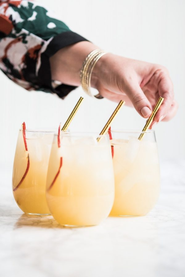 Fizzy Spiked Pear Punch | Champagne cocktails, cocktail recipes, entertaining tips and party ideas from @cydconverse