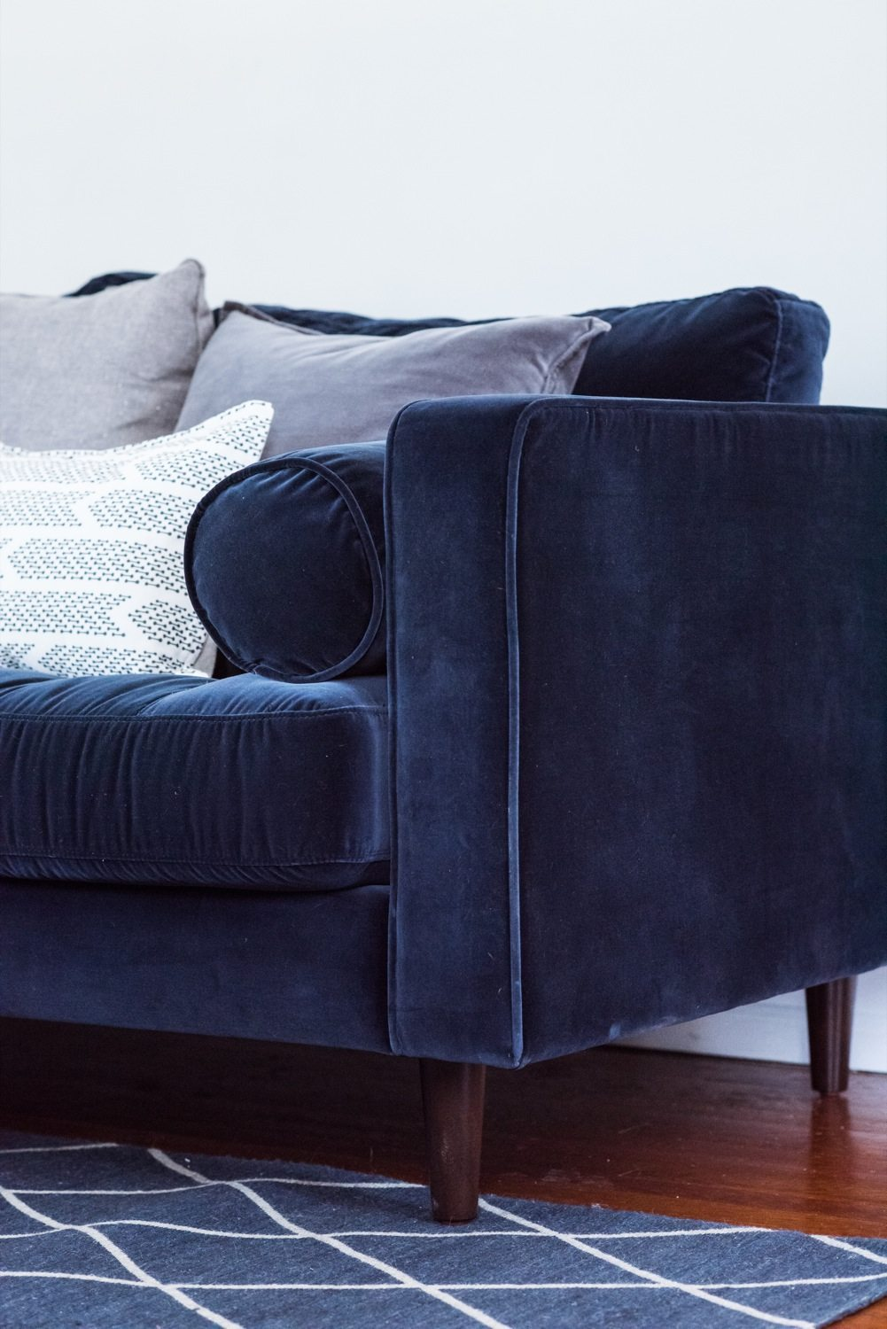 100 Funny Craigslist Ads Couch Has Furniture Sectional