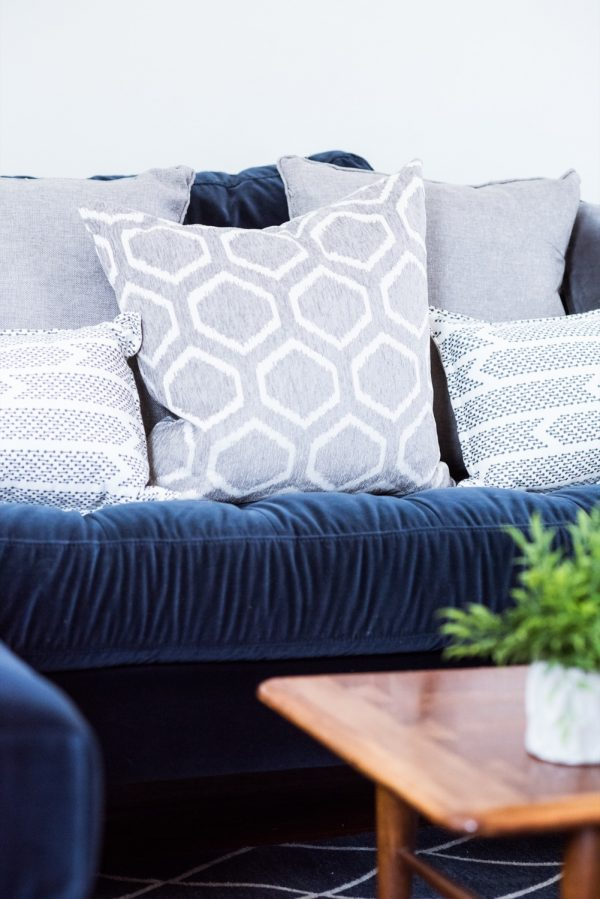 Living Room Makeover with @Article Sven Sofa | Modern home decor and decorating ideas from @cydconverse
