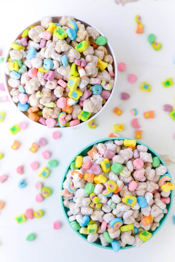 Lucky Charms Muddy Buddies | Lucky Charms recipes, St. Patrick's Day dessert, St. Patrick's Day ideas and more from @cydconverse