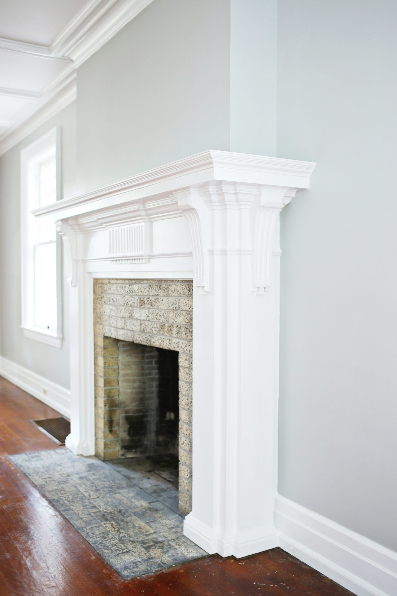a diy fireplace makeover for under 30 the sweetest occasion