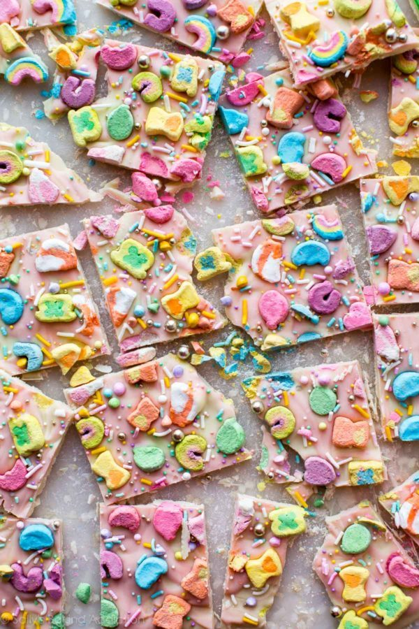 Lucky Charms Bark | Lucky Charms recipes, St. Patrick's Day dessert, St. Patrick's Day ideas and more from @cydconverse