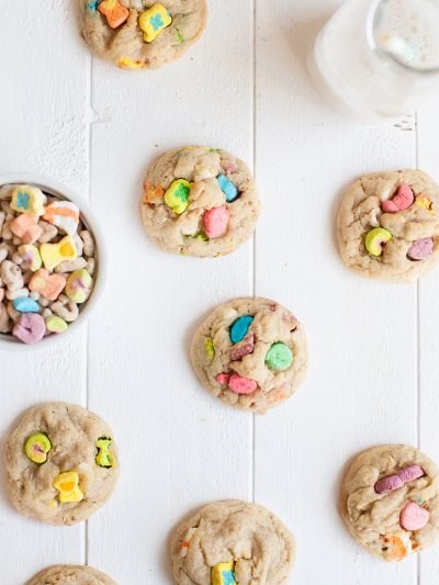 17 St. Patrick's Day Desserts Made with Lucky Charms thumbnail