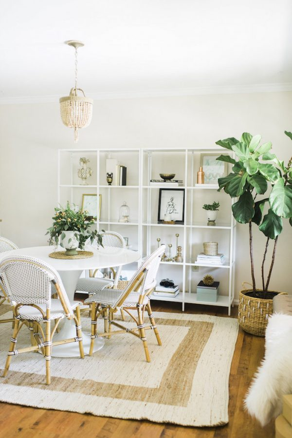 Beachy Neutral Dining Room | Dining room design ideas, breakfast nook ideas, dining room decor and more home decor ideas from @cydconverse