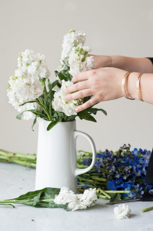 How to keep flowers fresh for longer the sweetest occasion how to keep flowers fresh tips for keeping cut flowers fresh longer plus entertaining tips floridaeventfo Images
