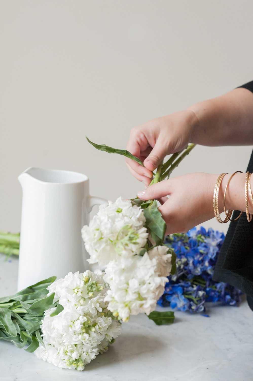 4 how to arrange flowers the sweetest occasion