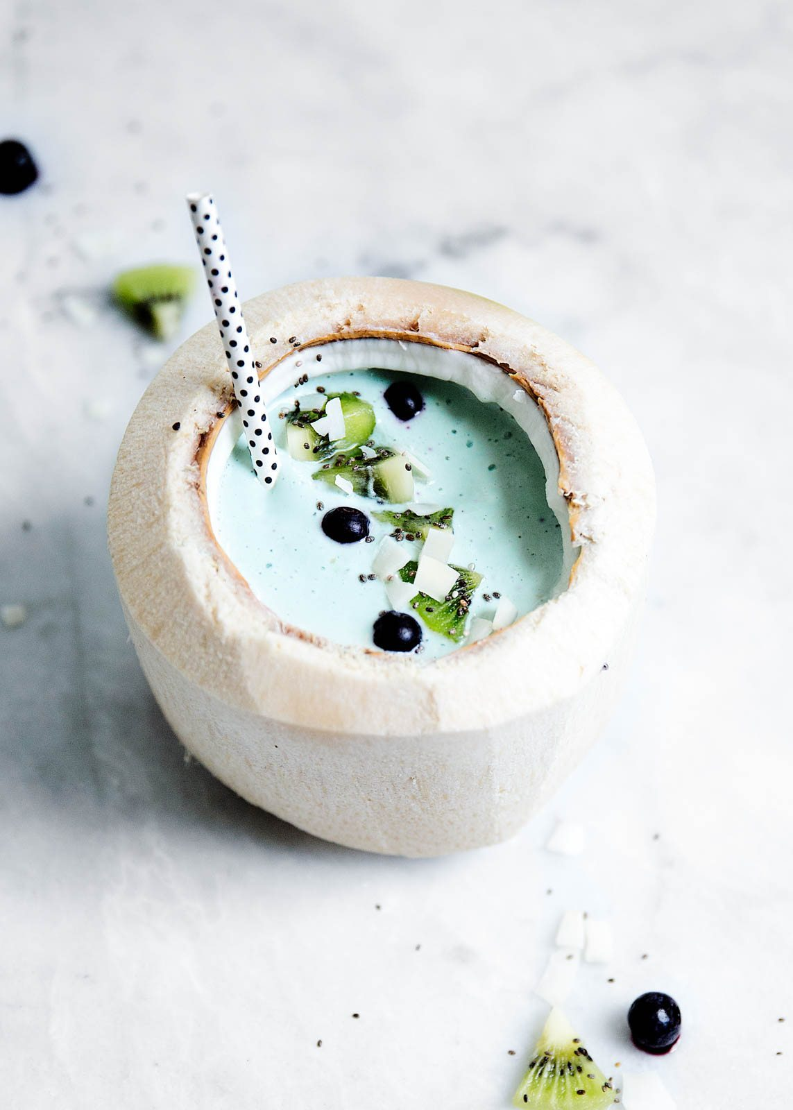 Blue Lagoon Smoothie Recipe   12 Summer Smoothies plus loads of party recipes, entertaining tips, cocktail recipes and more from @cydconverse