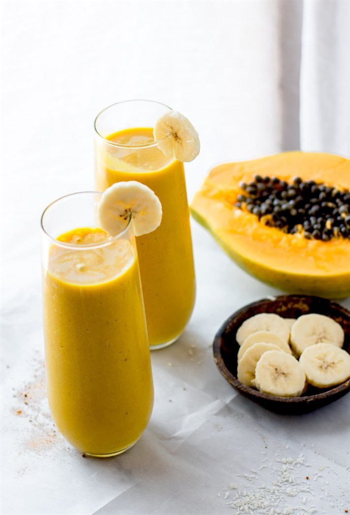 Tropical Trumeric Papaya Smoothie Recipe | 12 Summer Smoothies plus loads of party recipes, entertaining tips, cocktail recipes and more from @cydconverse