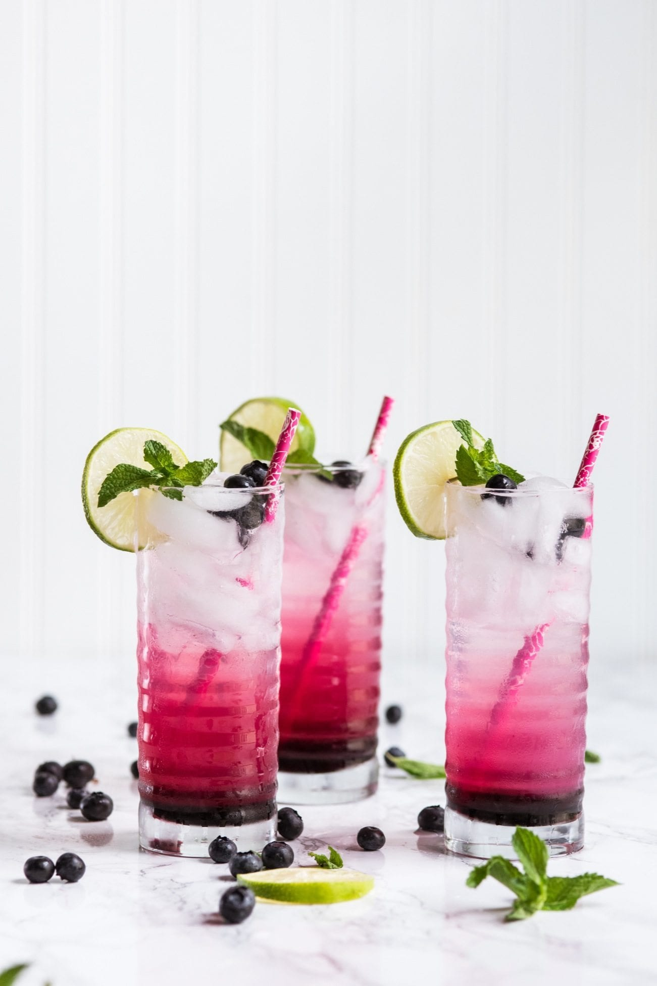 Blueberry Mojito Recipe | Summer cocktail recipes, entertaining tips, party ideas, summer recipes and more from @cydconverse