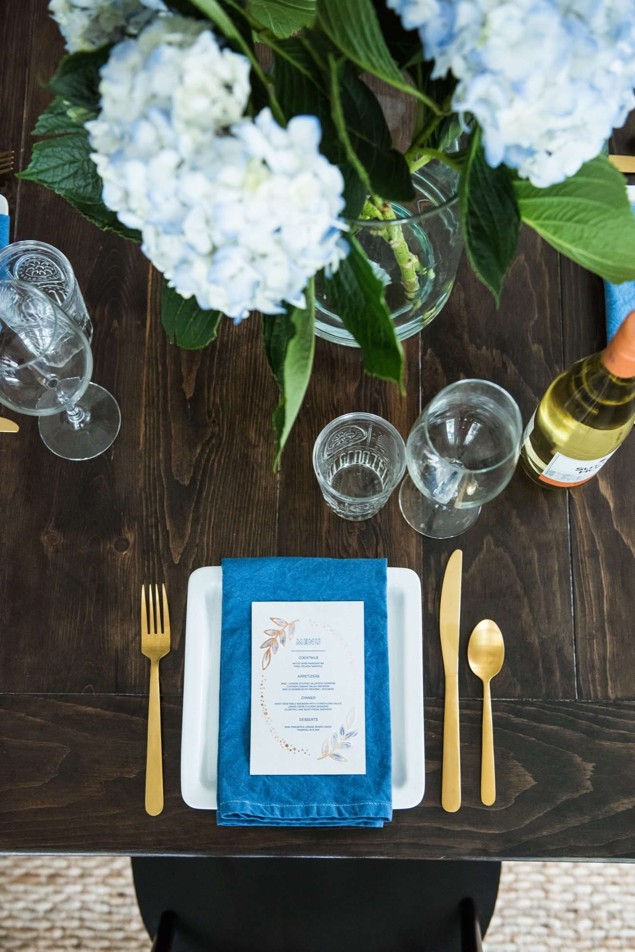 The Ultimate Backyard Dinner Party with Sutter Home and @cydconverse | Entertaining ideas, dinner party tips, party ideas and more!
