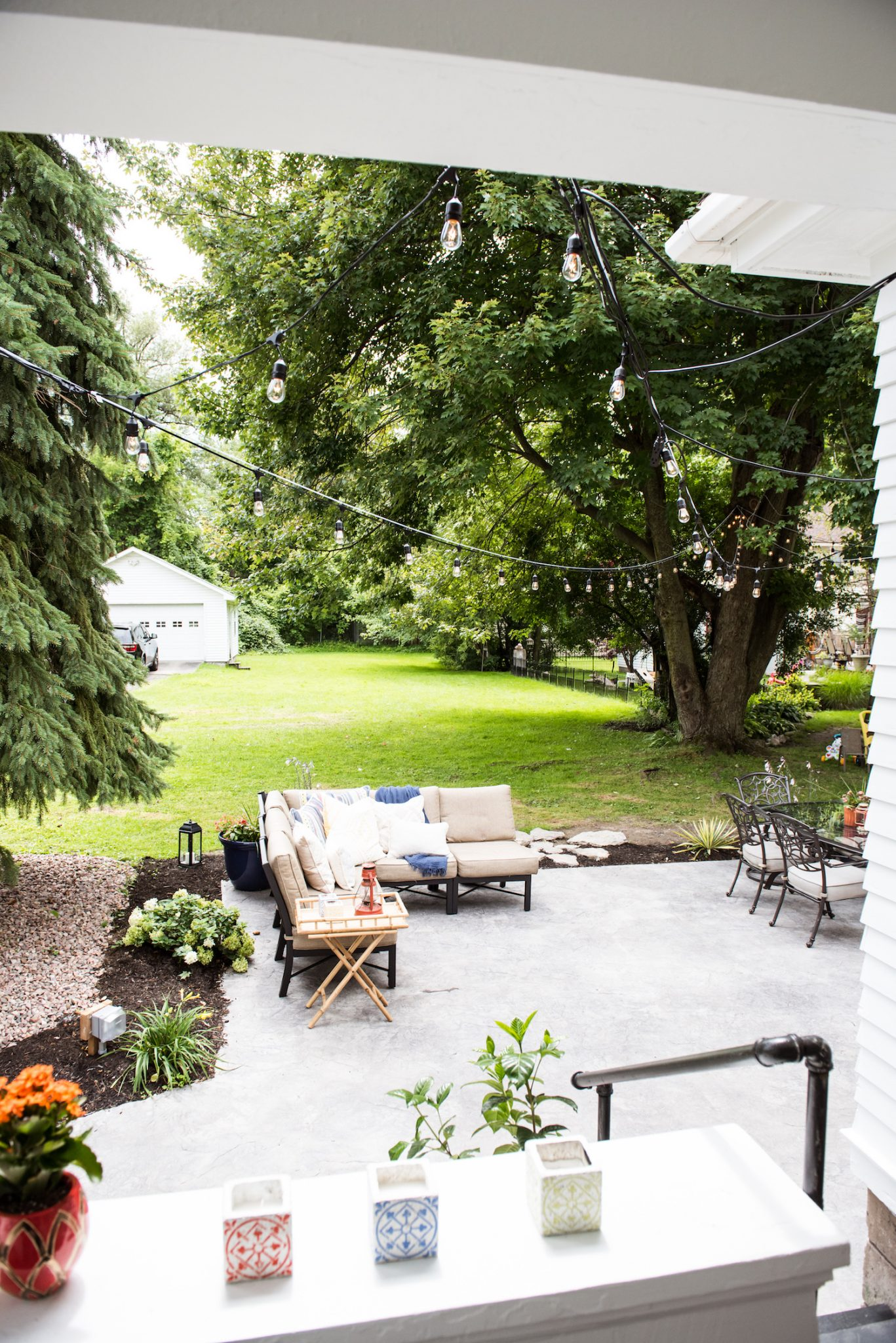 The Sweetest Occasion's Backyard Makeover | Home decor, home renovation ideas, patio ideas and more from @cydconverse