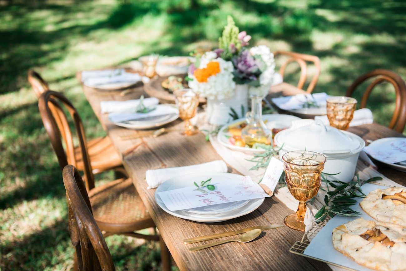 A Garden to Table Fall Dinner Party | Entertaining tips, party ideas, dinner party recipes, cocktail recipes and more from @cydconverse