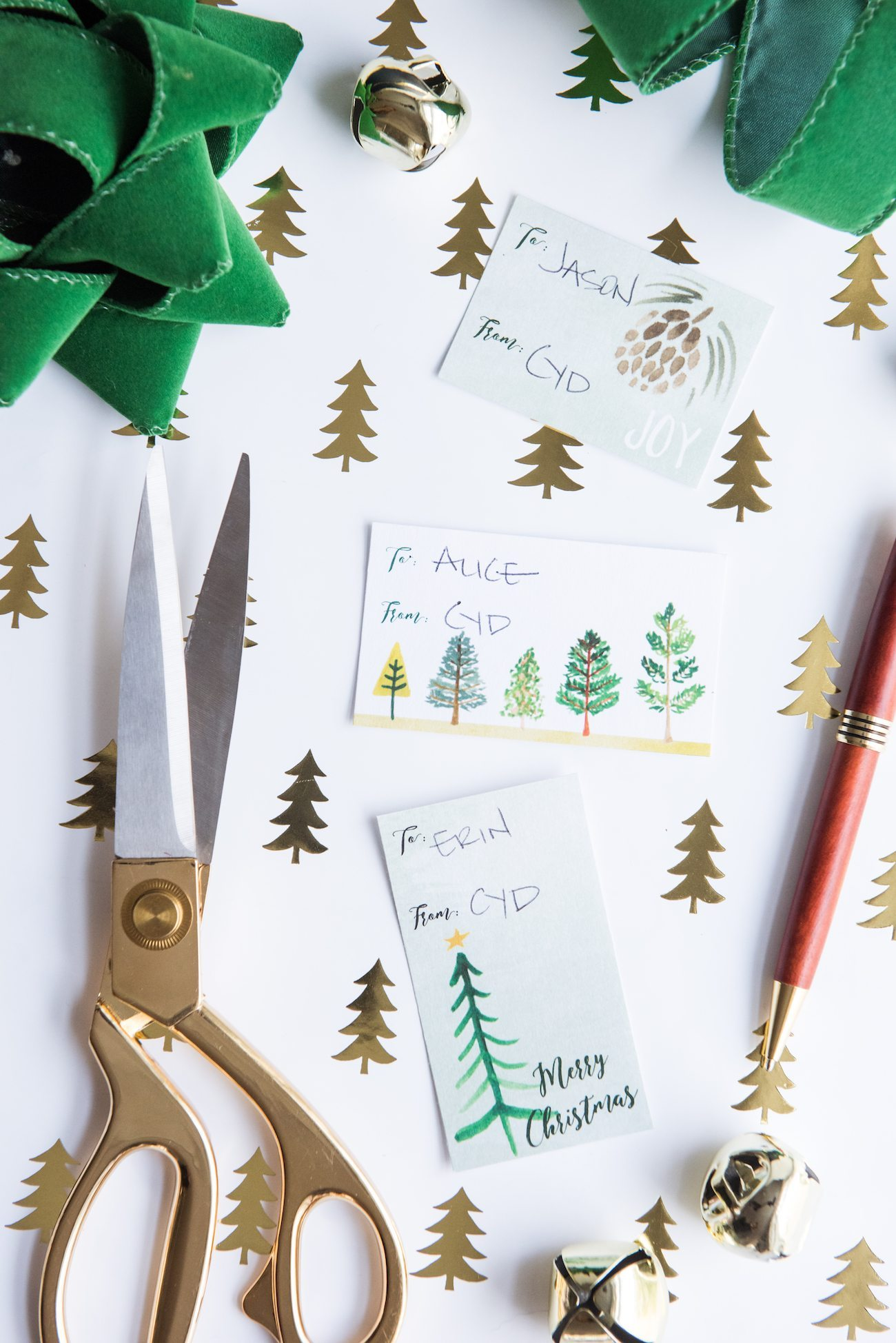 Pretty Printable Hand Painted Gift Tags | Christmas gift tags, holiday printables, free gift tags, entertaining ideas, holiday party ideas and more from @cydconverse