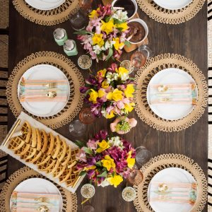 Setting the Perfect Spring Brunch Table thumbnail