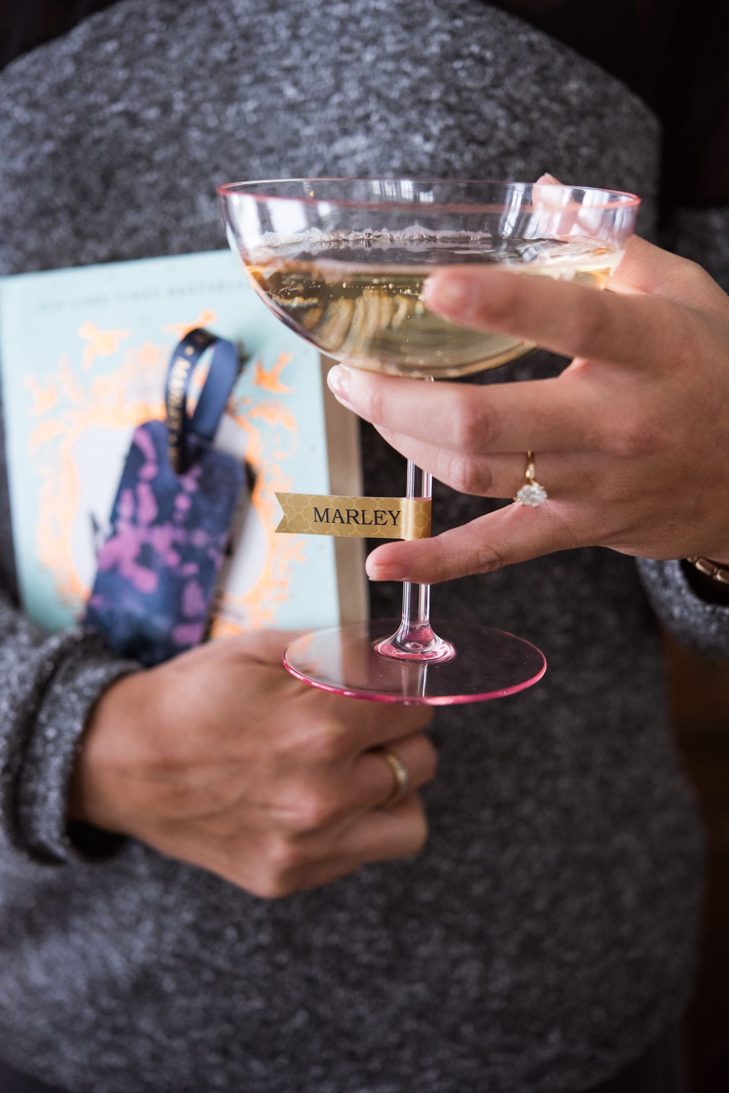 Hosting a Modern Book Club Party with @cydconverse   Click through for party ideas, entertaining tips, DIY ideas, recipes and more!