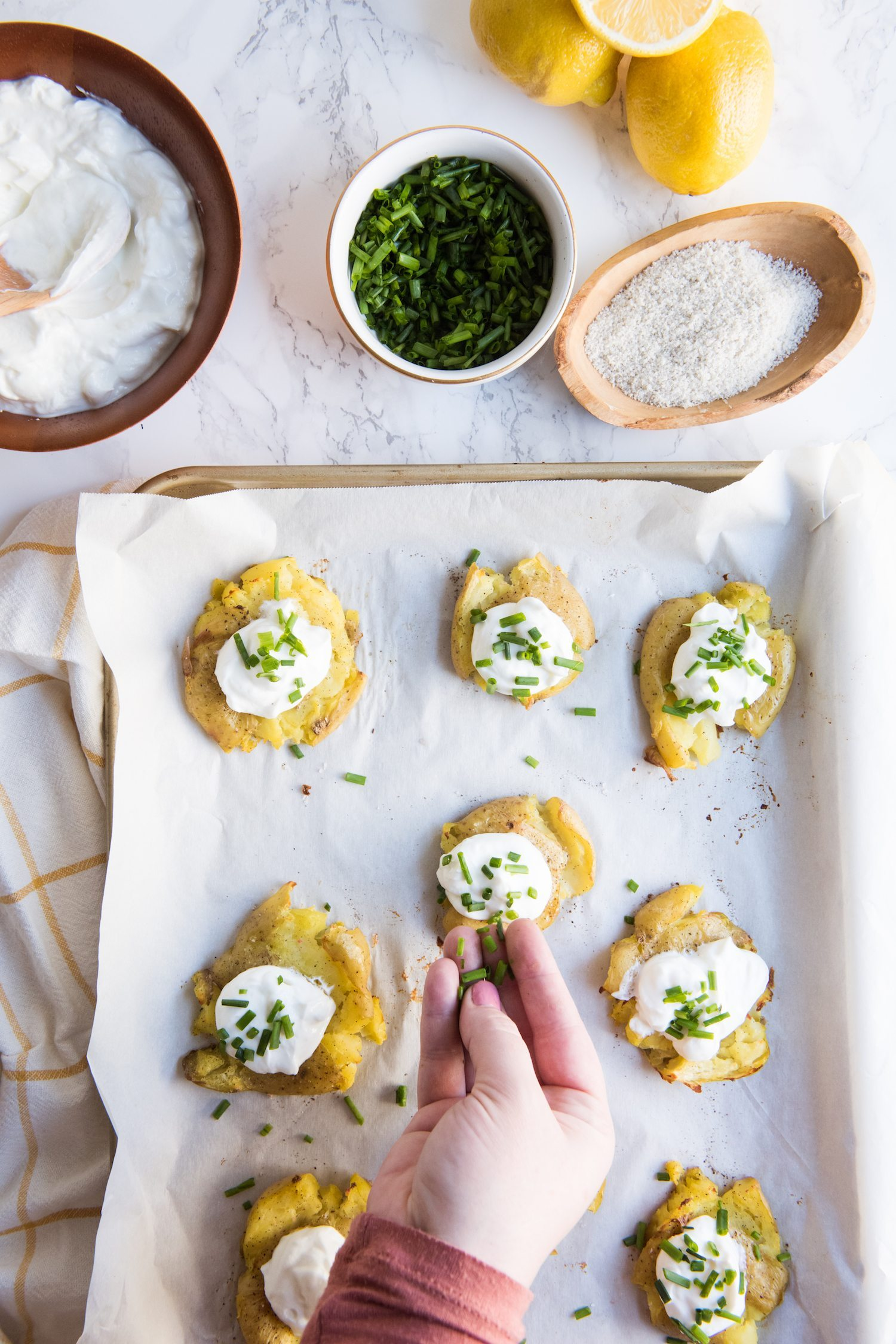 Lemon + Herb Smashed Potatoes with Greek Yogurt | Party recipes, entertaining tips, easy party appetizers, party ideas and more from @cydconverse
