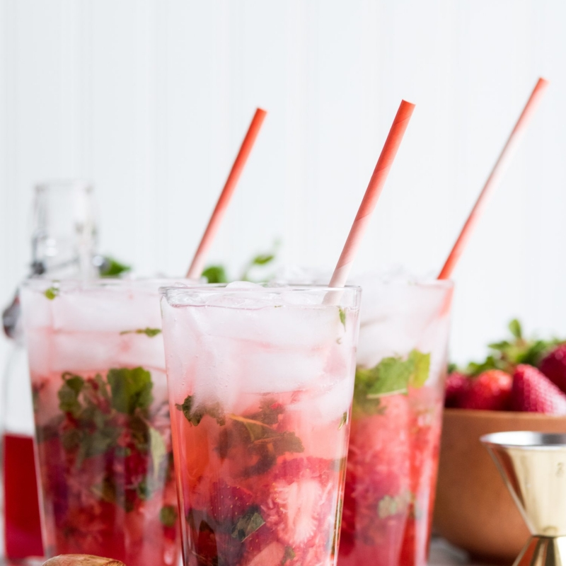 Cheers to the Sunshine State + The Ultimate Strawberry Mojito