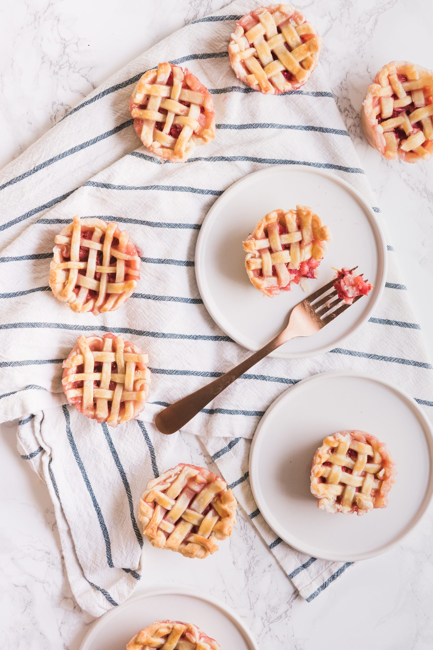Mini Strawberry Pies in a Muffin Tin | Click through for entertaining tips, recipes, party ideas, cocktail recipes and more from @cydconverse